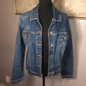 Jackets & Blazers - 💥DENIM JACKET💥